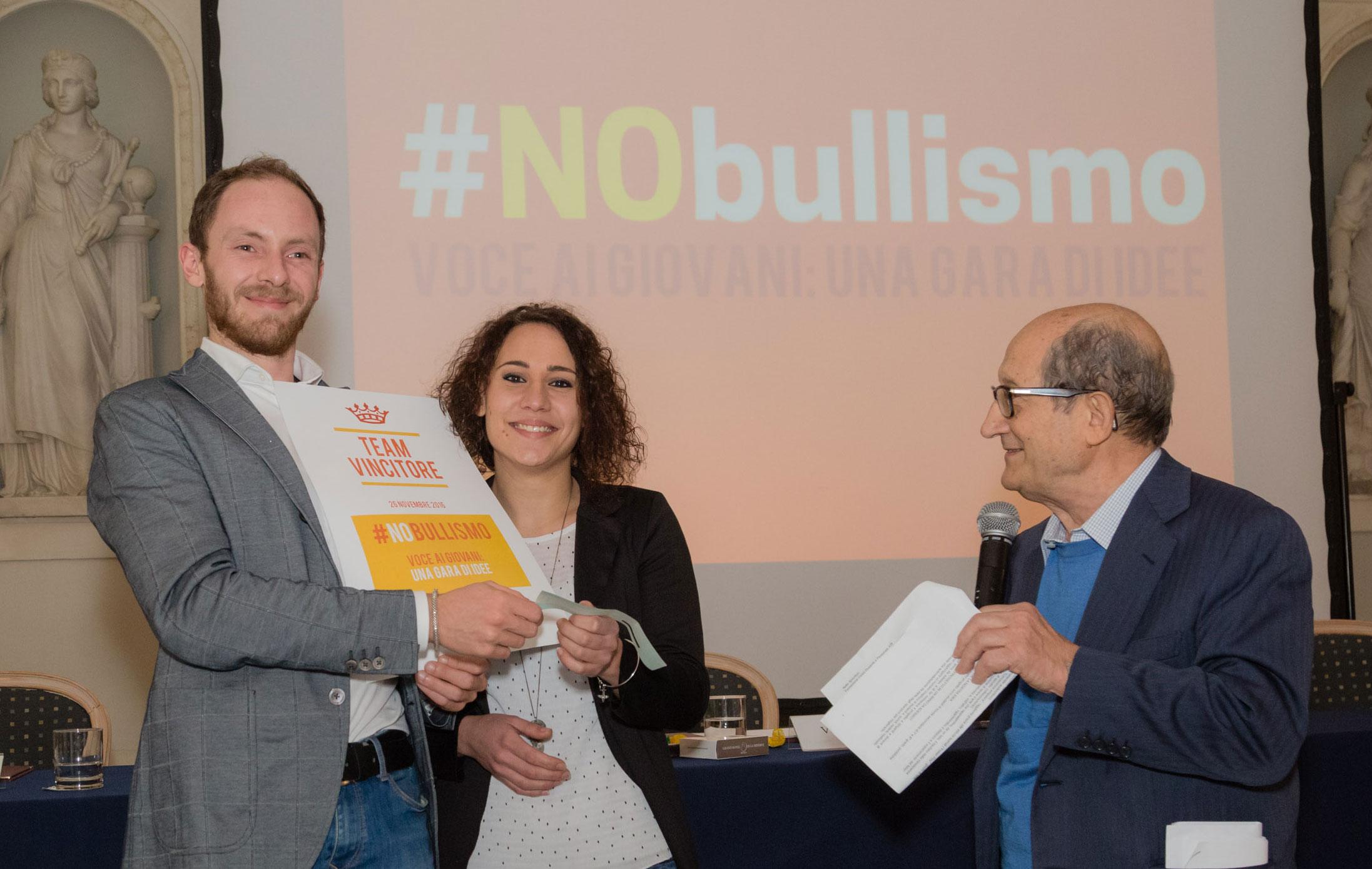 vincitori #NObullismo: Bulli senza gloria